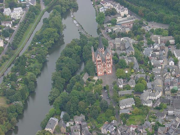 上空からの写真.jpgのサムネイル画像